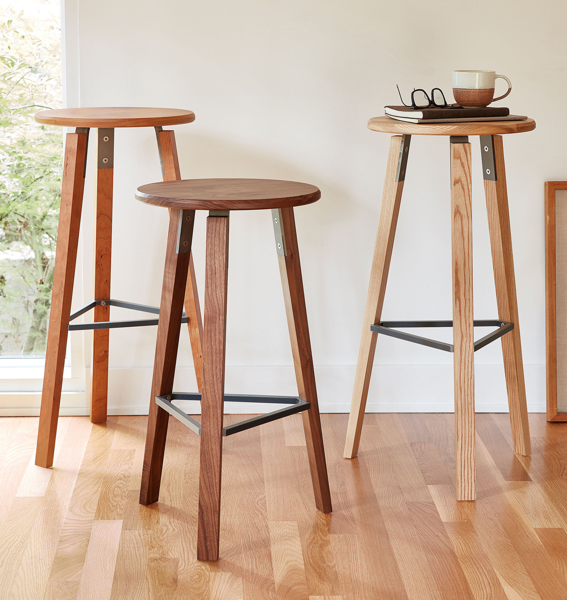 FOLK Counter Stool
