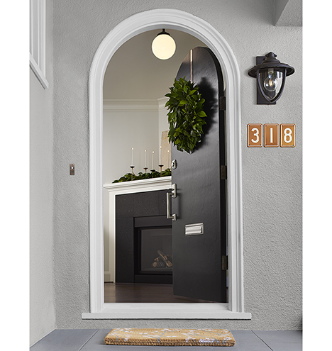 150721_y15b07_pacifica_front_door_v5_base_0359_a7008_alt_m