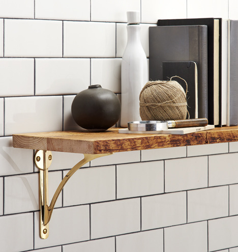 Sized_141014_c0175_c0177_brass_arch_shelf_bracket_02_c0175_c0177_810_m