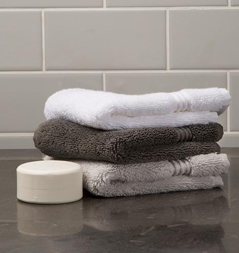 Towel stacks 03 e0785 m