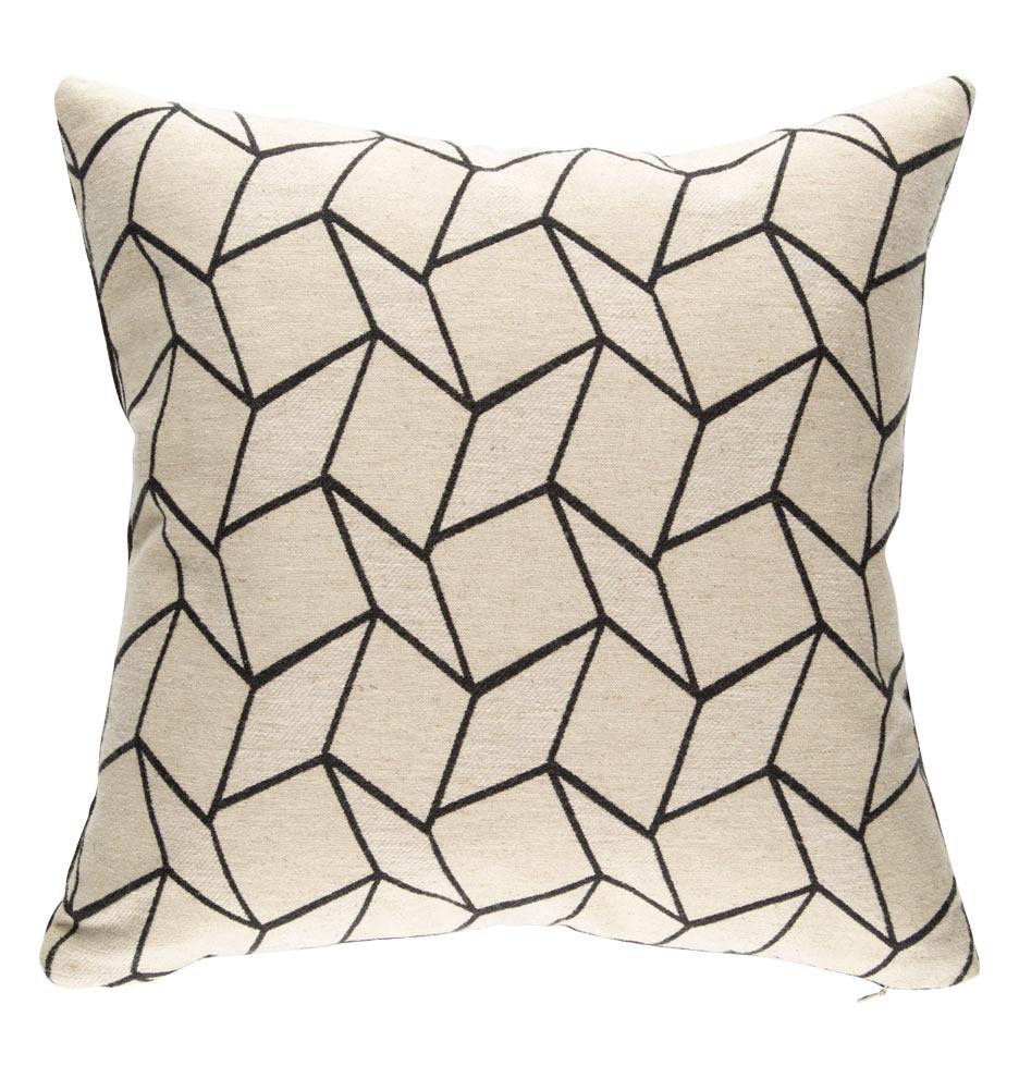Pillow_e1053_041515_02_e1053